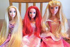 Detangling doll hair without baby oil