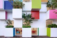 PARQ magazine | Emmanuelle Moureaux: a Pablo Picasso da arquitetura