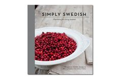 Simply Swedish - Flavours for Every Season - Taking a bite into a favourite food transports you through memories. Margareta Schildt-Landgren and Christina Uhlin captured the nostalgia of Swedish treats in a stunningly beautiful book. Swedish Dishes, Great Recipes, Favorite Recipes, Treats, Seasons, Cooking, Food, Fun Gadgets, Stunningly Beautiful