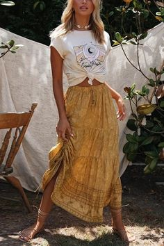 Boho Outfits, Boho Summer Outfits, Outfits Casual, Hippie Chic Outfits, Hippie Style Clothing, Maxi Skirt Outfit Summer, Gypsy Clothing, Scene Outfits, Modest Clothing