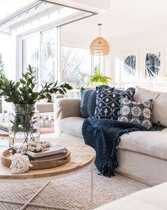 Interior Design Trends, Home Decor Trends, Home Decor Styles, Boho Living Room, Home And Living, Living Room Decor, Hamptons Living Room, Spring Home Decor, Living Room Designs