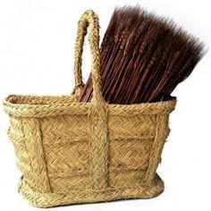 http://acahome.com/3727-1160-thickbox/cesta-oval-esparto-pequena.jpg