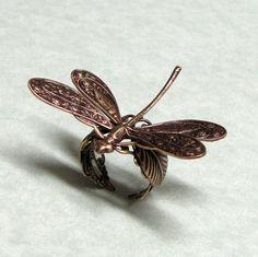 Dragonfly Ring 'resting on a leaf'