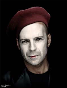 "Bruce Willis: Raised in Carney's Point - Attended Penns Grove High School - Worked in Salem & Deepwater - Attended Montclair State U - Has been inducted to ""The New Jersey Hall of Fame"". Pantomime, Mime Costume, Mime Artist, Art Du Cirque, Circus Makeup, Mime Makeup, Dark Circus, Foto Fun, Clown Faces"