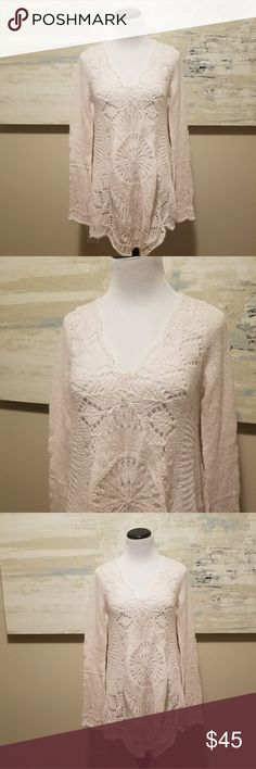 New Free People Blush Bell Sleeve Tunic Sweater S Never worn. So soft and gorgeous on. Would be amazing over leggings. Very pale pink almost ivory. Free People Sweaters