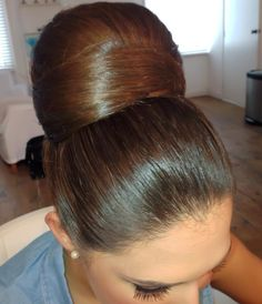 H Bun Hairstyles For Long Hair, Sleek Hairstyles, Braids For Long Hair, Vintage Hairstyles, Pretty Hairstyles, Vintage Updo, Updo Hairstyle, Beautiful Braids, Beautiful Long Hair