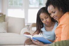 Qué pueden hacer los padres para ayudar a desarrollar las habilidades de comprensión de un niño   LIVESTRONG.COM en Español