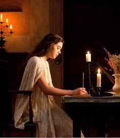 Hailee Steinfeld as Juliet in Romeo and Juliet - 2013
