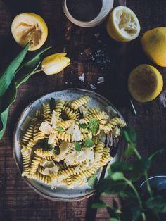 Ravioli, Mozzarella, Pesto, Camembert Cheese, Chili, Dairy, Food, Lasagna, Chile