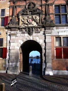Groothoofd. Aanligplaats 'Boot naar Nijmegen' voor de 'Vierdaagse'.