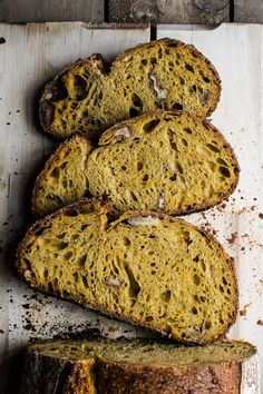 carrot and walnut bread with cinnamon, ginger & nutmeg Cooking Bread, Bread Baking, Fresh Bread, Sweet Bread, Bread Recipes, Baking Recipes, Pain Au Levain, Savoury Baking, Gastronomia