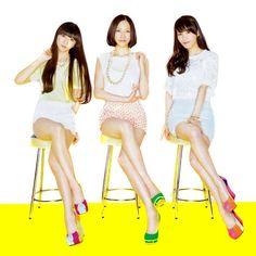 写真: 脚、綺麗♡ Perfume☆