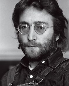 """""""John Lennon, by Annie Leibovitz, for the cover of Rolling Stone's January 1971 issue. """"That's the John that I knew – and I know,"""" Yoko Ono said. """"That's his spirit coming out."""" via Rolling Stone """" John Lennon Yoko Ono, John Lennon Beatles, The Beatles, Sean Lennon, Beatles Art, Annie Leibovitz, Music Pictures, Pictures Images, The Fab Four"""