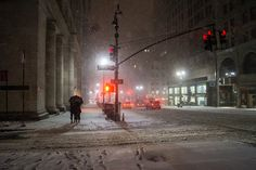 New York Winter. 5th Avenue in the snow. Midtown.