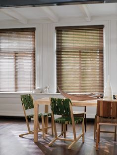 Luxaflex Woodmates give you all the visual benefits of natural wood venetians, but they're better-suited to environments with high humidity...