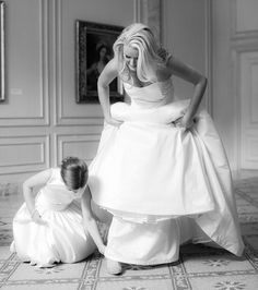 Every #bride needs a special photo with her #flowergirl and this one is just so sweet! | Photography: @theyoungrens | Cinematography: Shutter and Sound | Event Design: @ashleevirginiaevents | Wedding Dress: @austinscarlettatelier | Shoes: @louboutinworld | Makeup: @blendevent | Venue: @womeninthearts | Bridal Boutique: @robinsonsbridal by smpweddings