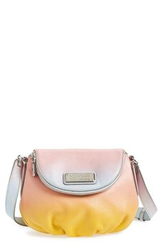Crushing on the sunset vibes of this Marc Jacobs crossbody bag.