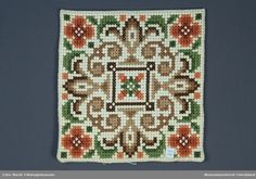 Cross Stitch Embroidery, Cross Stitch Patterns, Bead Crochet Rope, Chart Design, Cushions, Pillows, Mandala, Quilts, Wool
