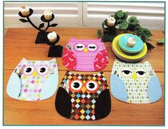 Make your meals happy at home with some really sweet Owl Place Mats! Cute sewing pattern to make Owl Place Mats with wing pockets to hold silverware or treats, and three different eye styles that you