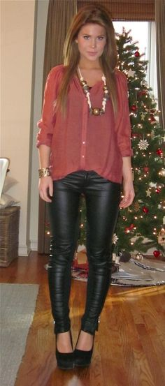 ...if only i could pull off leather pants!!