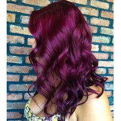 30 Dark Red Hair Color Ideas & Sultry Showstopping Styles - Part 17 Red Purple Hair, Violet Hair Colors, Plum Hair, Red Hair Color, Ombre Colour, Purple Ombre, Color Red, Burgundy Hair Colors, Eye Color