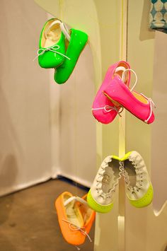 seen on Playtime by Paul+Paula, via Flickr:  Chat Mechant - baby shoes in pop.