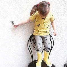 mói Tshirt and leggings  Image from: http://www.yellowflamingo.eu