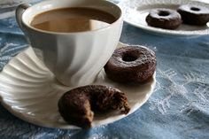 24/7 Low Carb Diner: Mocha Glazed Donuts and My Blogger Pet Peeve