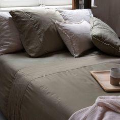 Ultraweiche Bettwäsche aus Baumwollsatin von House in Style. #bettwäsche #bett #schlafzimmer #leinen #baumwolle