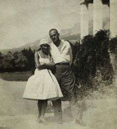 Lili Brik &Vladimir Mayakovsky He was a great Russian Soviet poet, playwright, painter, and actor. He dedicated several poetries to his girl friend: Lili Brik Old Pictures, Old Photos, Aragon, Vladimir Mayakovsky, Marguerite Duras, Russian Avant Garde, Something In The Way, Russian Literature, Muse Art