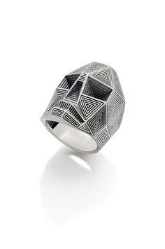 Anéis/Rings Masculinos/Tomboy- Caveras / Imagem: Pinterest / Reprodução