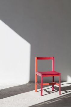 """Mexican designer Moisés Hernández replaced """"toxic"""" synthetic paints with a pre-hispanic dye made from insects to create his vibrant Grana chairs. Chair Design, Furniture Design, Textile Dyeing, Traditional Paint, Proof Of Concept, Moise, Mexican Designs, Industrial Furniture, Hot Pink"""