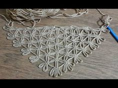 Very Easy Chain Shawl Making, Crochet Braid Only Chain Pulling . - Crochet Clothing and Accessories Crochet Braids, Crochet Scarves, Crochet Shawl, Crochet Lace, Crochet Stitches, Knitting Patterns, Crochet Patterns, Easy Knitting, Crochet Videos