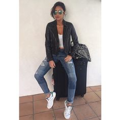 Shay Mitchell makes traveling look so stylish. | Pretty Little Liars