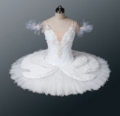 """White Swan"" Pavlova tutu. To follow more boards dedicated to dance photography, pas de deux, little ballerinas, quotes, pointe shoes, makeup and ballet feet follow me www.pinterest.com/carjhb. I also direct the Mogale Youth Ballet and if you'd like to be patron of our company and keep art alive in Africa, head over to www.facebook.com/mogaleballet like us and send me a message!"