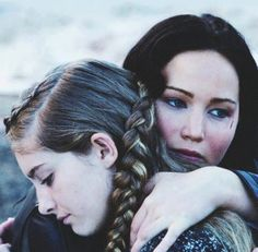 Aw so cute katniss and prim