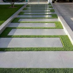 60 Awesome Garden Path and Walkway Ideas Design Ideas and .- 60 Awesome Garden Path und Walkway Ideas Design-Ideen und umgestalten 60 Awesome Garden Path and Walkway Ideas Design Ideas and Remodel - Outdoor Walkway, Backyard Patio, Walkway Ideas, Backyard Ideas, Concrete Walkway, Driveway Ideas, Path Ideas, Poured Concrete, Outdoor Plants