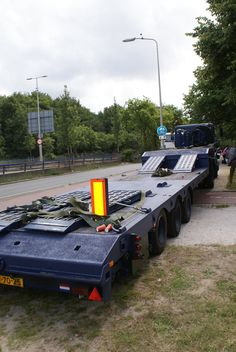 Lowloader for YPR vehicles Military Police, Army, Emergency Vehicles, Safety And Security, Military Vehicles, Dutch, Police, Gi Joe, Military