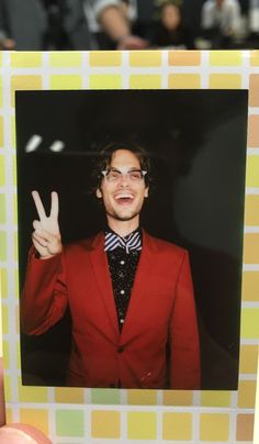 """""""found a tiny polaroid of myself dressed like arsenio hall and i don't know what it all means"""" Dr Reid, Dr Spencer Reid, Spencer Reid Criminal Minds, Criminal Minds Cast, Matthew 3, Matthew Gray Gubler, Fine Men, Baby Daddy, Celebrity Crush"""