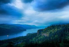 Oregon, Columbian River https://www.stopsleepgo.com/vacation-rentals/oregon/united-states