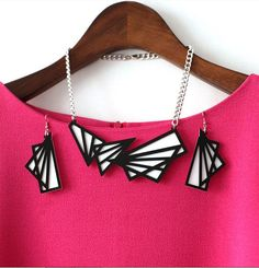 Designed handmade black and white set necklace earrings ring chic high fashion vintage on Etsy, $55.00