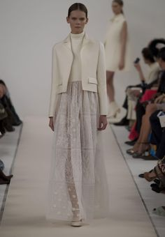 Valentino Official Website - Valentino Women New York Runway Collection.