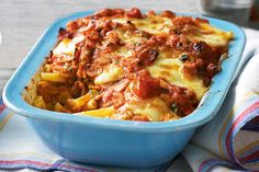 Crispy bacon, tasty tomatoes and melted bocconcini make this bake so bellissimo. We can't decide what tastes better on a cool night - the piping-hot pasta and sauce or the golden cheese on top. Bacon Tomato Pasta, Bacon Pasta Bake, Macaroni Pasta, Pasta Recipes, Baking Recipes, Snack Recipes, Rice Recipes, Greek Recipes, Italian Recipes