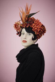 Fumbalinas - Summer floral headdress http://www.fumbalinas.co.uk/ss16