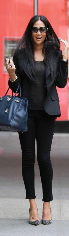 Kimora in Black Blazer, skinny Jeans, black top & Navy blue handbag (Berkin) Street Chic, Street Style, Kimora Lee Simmons, Girls Run The World, Black Is Beautiful, Beautiful Women, Girl Fashion, Fashion Outfits, Hermes