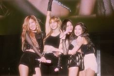 Image shared by Find images and videos about kpop, rose and blackpink on We Heart It - the app to get lost in what you love. Kpop Girl Groups, Korean Girl Groups, Kpop Girls, Kim Jennie, Rihanna, Beyonce, Black Pink Kpop, Blackpink Members, Black And White Aesthetic