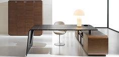 Leather executive office desks: Italian leather table for the design office