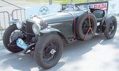 Alvis Car and Engineering Company - Wikipedia
