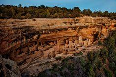 Mesa Verde National Park Mesa Verde, délnyugati Colorado, talán legismertebb ókori Pueblo szikla lakások.