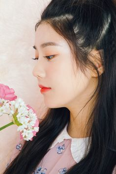 Kpop Girl Groups, Kpop Girls, Korean Celebrities, Celebs, Secret Song, Japanese Girl Group, Woollim Entertainment, Famous Girls, Soyeon